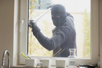 Furti in appartamento: 5 metodi usati dai ladri per rubare in casa nostra