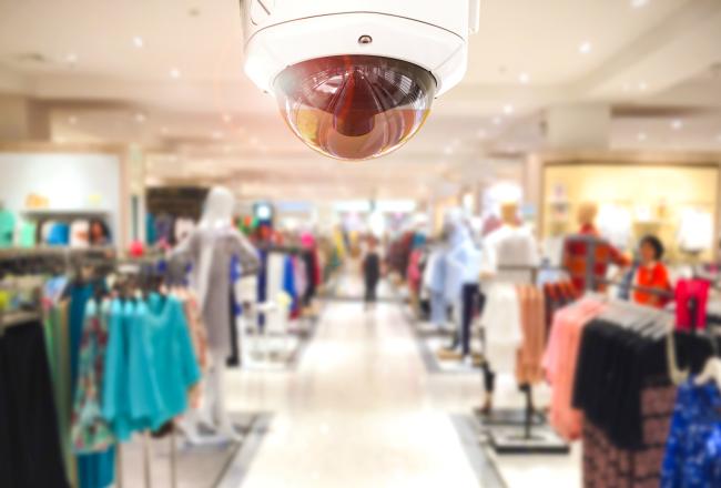 Prevenire i furti in negozio: 7 regole d'oro per proteggere il tuo denaro