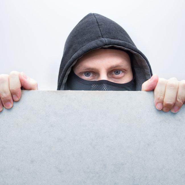 Furti: i travestimenti più usati dai ladri