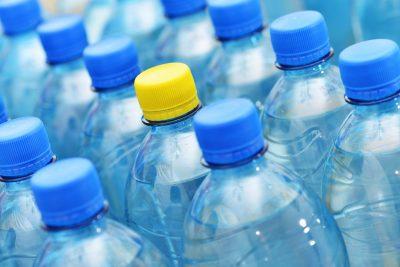 Furti in casa con la bottiglietta d'acqua