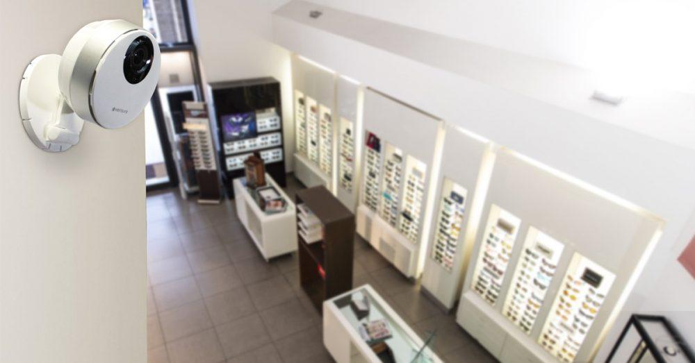 Telecamera Verisure in attività commerciale